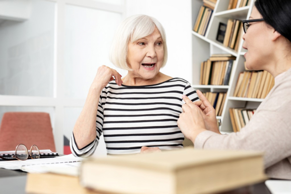 How the Elderly Benefits from Speech Therapy